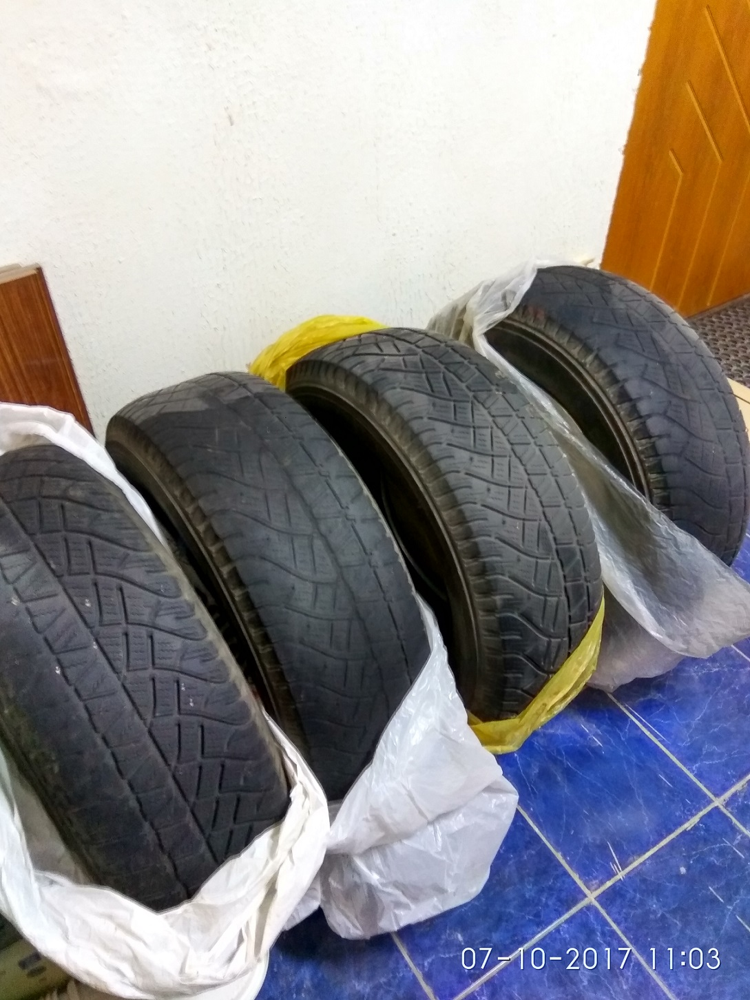 Шины Michelin Lattitude Cross 245/70 R16 б/у