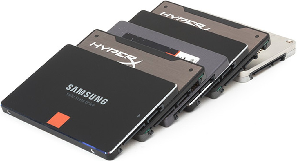 неисправный SSD жесткий диск, твердотельный. Сломался SSD. Обмен. Продать.